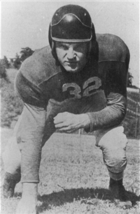 UGA football legend dies at 89 AJC article My granddaddy watched him and his sons play football for UGA.