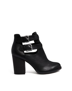 Image 1 of New Look Evelyn Cut Out Heeled Boots