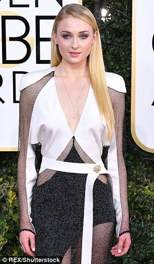 On Sunday night at the HBO Golden Globes after party in Beverly Hills, Joe Jonas was reportedly all over his new girl Sophie Turner of Game Of Thrones fame