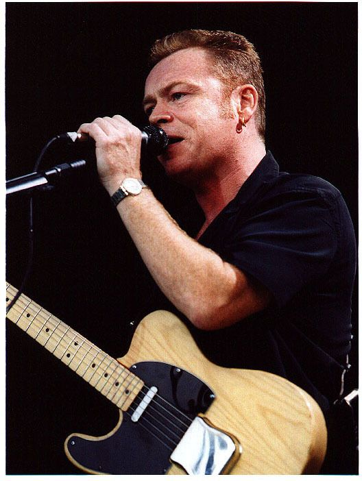 Ali Campbell from UB40 is left handed
