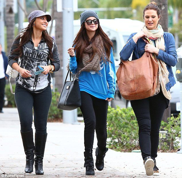 selena gomez friends photos | Girls on top: Selena Gomez enjoys a day out with her best friends as ...