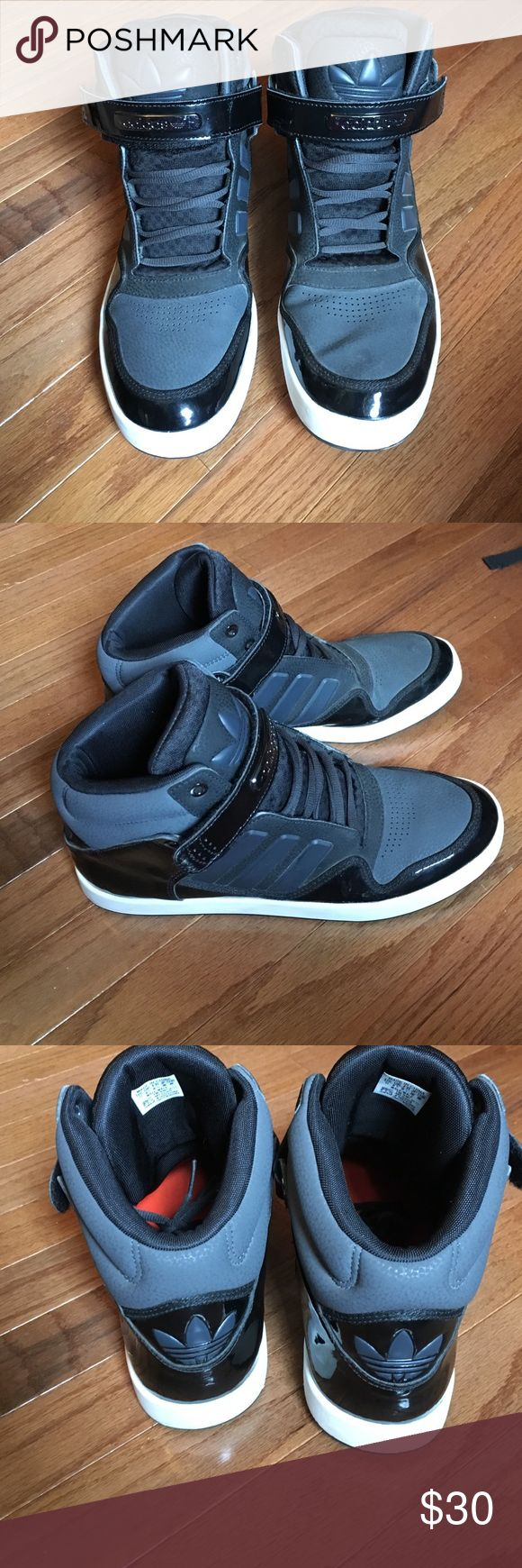 Adidas shoes Slight creasing on toe box, light scuffs on midsole. Otherwise a new shoe Adidas Shoes Sneakers