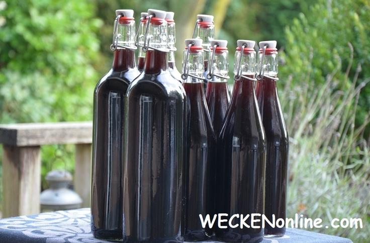Zelf notenwijn maken / making Port wine