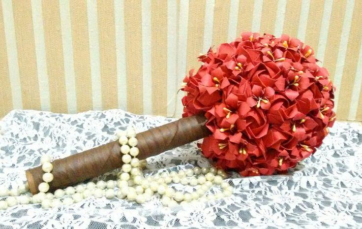 Buquê de noiva de origami #origami #flores #topiaria #noiva #vermelho #casamento #wedding #bride #bouquet