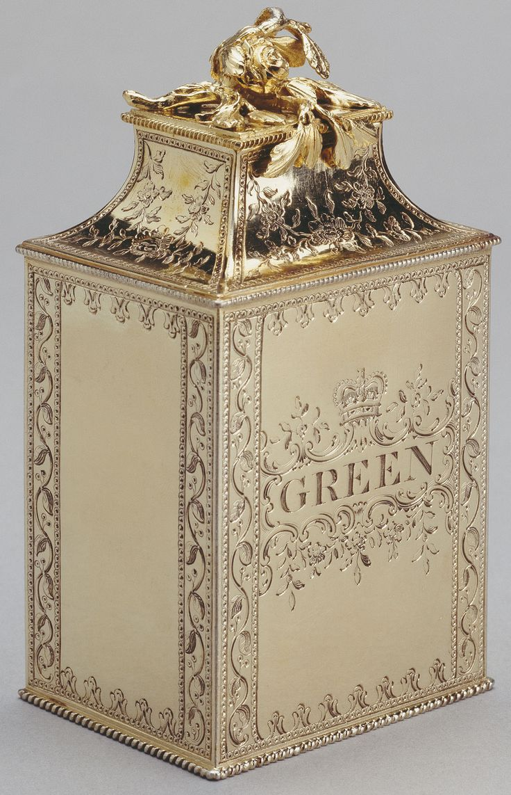 "Pair of tea caddies | The Royal Collection  The other tea caddie [not shown] says ""BOHEA"" where this one says ""GREEN"""