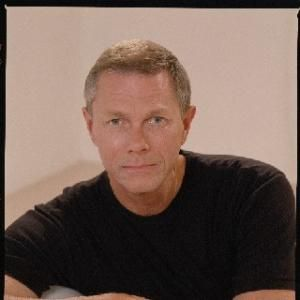Richard Lynn Carpenter (born October 15, 1946) is an American pop musician, best known as one half of the brother/sister duo the Carpenters, along with his sister Karen Carpenter.
