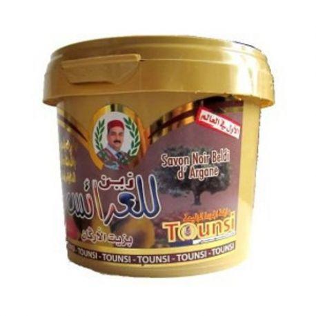 sapone nero esfoliante beldi per godere di un bagno arabo Hamman I utilizzando il guanto kessa pelle morta che contiene due ingredienti come l'olio di argan e burro di karitè completa cura per il corpo di Marocco