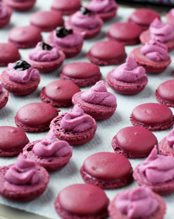 Black Currant Macarons Recipe