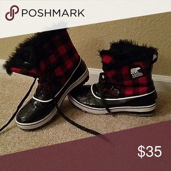 Sorel Winter Boots Red & black plaid fur Sorel Torino winter boots, waterproof Sorel Shoes Winter & Rain Boots