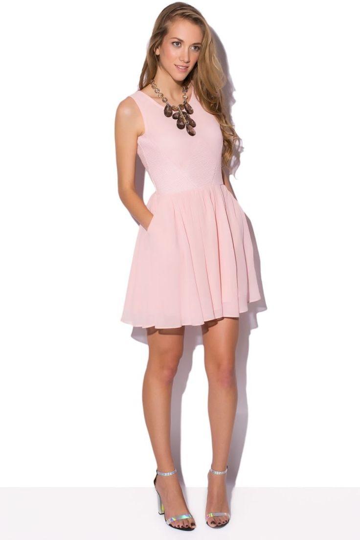 vestido-rosa-palo-con-vuelo-tipo-skater-de-q2.jpg (800×1200)