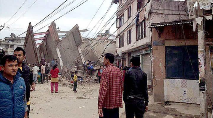 In Pictures: 7.9 magnitude Earthquake rocks Nepal, massive tremors in India -  See more at: http://www.skymetweather.com/content/weather-news-and-analysis/in-pictures-7-5-magnitude-earthquake-rocks-nepal-massive-tremors-in-india/#sthash.shSCY6P1.dpuf