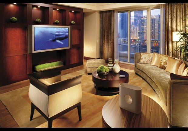 Mandarin Oriental, Miami: Mandarin Suite Living Room  Jennifer Aniston has stayed in this 2,000-square-foot suite, which features Bamboo hardwood floors and rugs imported from Hong Kong.
