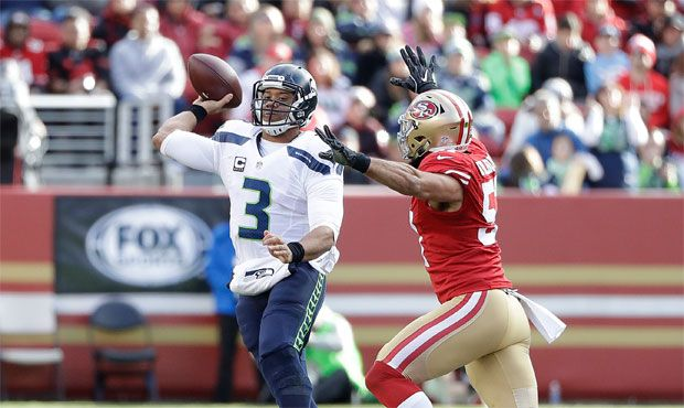 Seahawks' Russell Wilson says he's feeling fast, may ditch knee brace