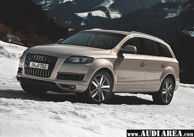 The 2009 Audi Q7 is a version that incorporates many upgrades over its predecessor, the 2006 Audi Q7. The exterior is visibly modified, the car has new wheel designs, updated front and rear bumpers, new front lighting design and LED daytime running lights. The key competitors for the new Audi Q7 are as usual the Mercedes-Benz GL and the Cadillac Escalade.