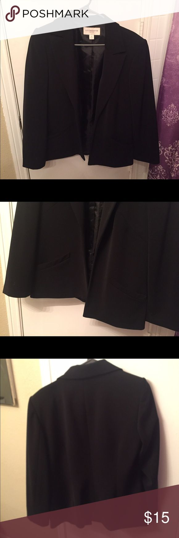 Liz Claiborne Black Suit Jacket Size 10 Liz Claiborne black suit jacket/blazer! Only worn by me 1-2 times. Liz Claiborne Jackets & Coats Blazers