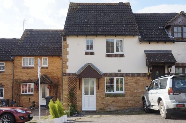 £219,995  2 Bedroom Semi Detached House - Chennells Close, Hitchin, Hertfordshire, SG4 0EA Estate Agents