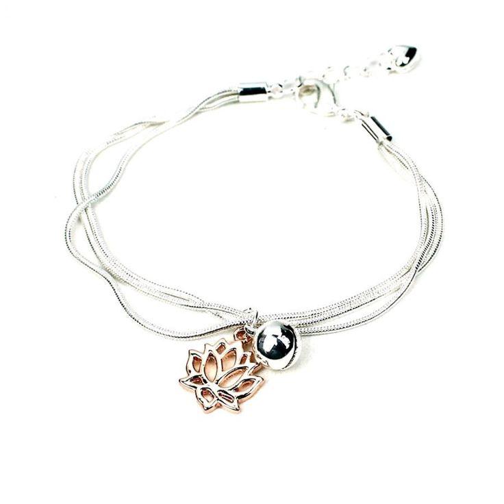 'Peace of Mind' Verzilverde Armband met bel en lotusbloem