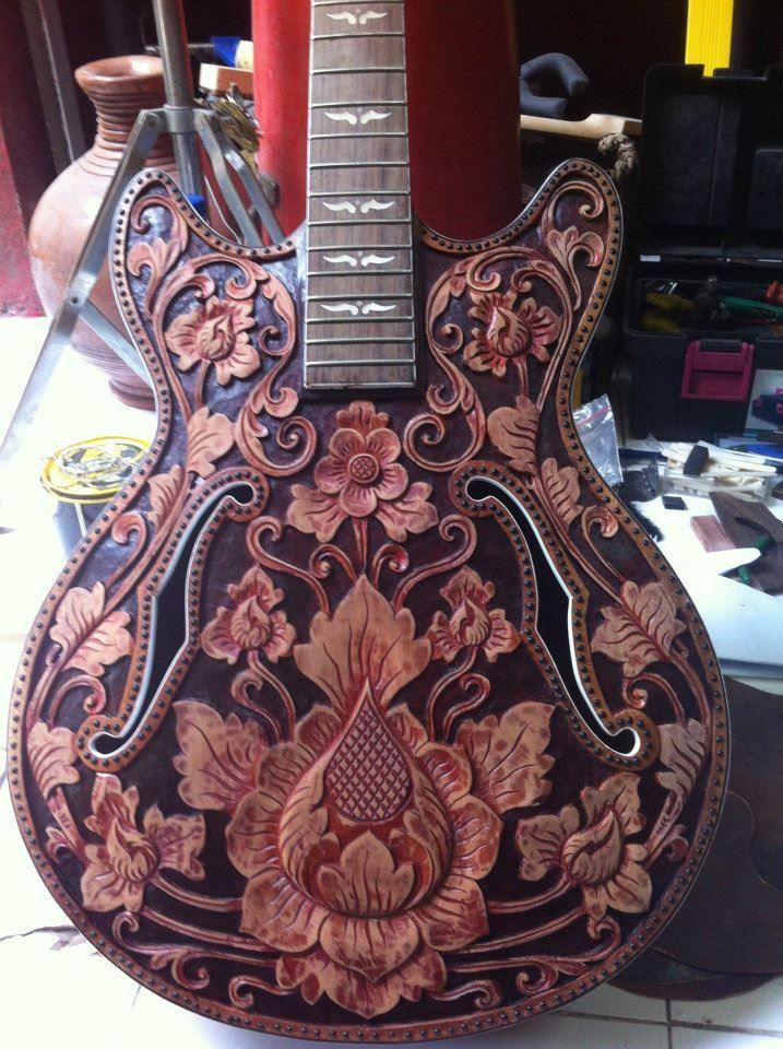 Engraved inlays on Beautiful Handmade Guitar - http://www.pinterest.com/claxtonw/humor-pics/