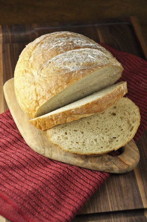 A recipe for easy, round Artisan Rye Bread - perfect for your morning toast or your favorite sandwich.   Wishes and Dishes