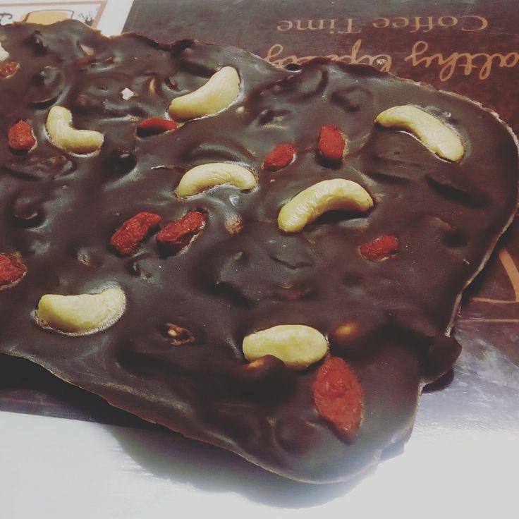 Čokoláda zažene chmury. Vyrobte si luxusní domácí čokoládu!