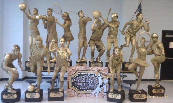 Disfraces en grupo: grupo de trofeos