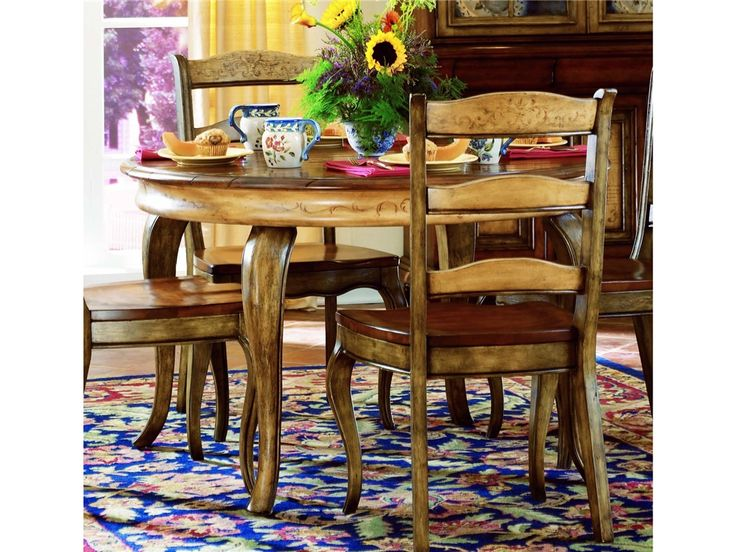https://i.pinimg.com/736x/5b/ed/35/5bed35d054896320bd7b0b82aecade2f--round-dining-table-sets-french-dining-rooms.jpg