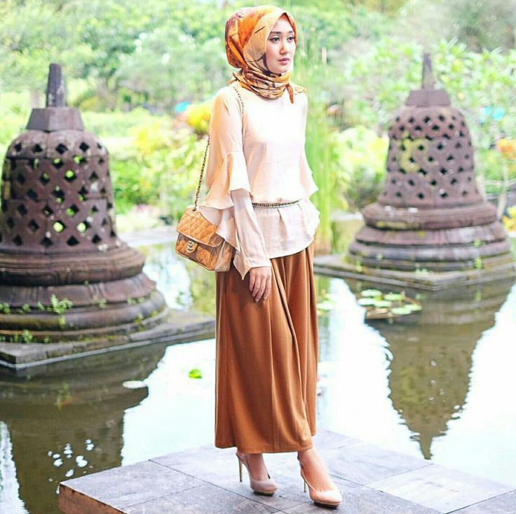 One of my favorite style from Dian Pelangi