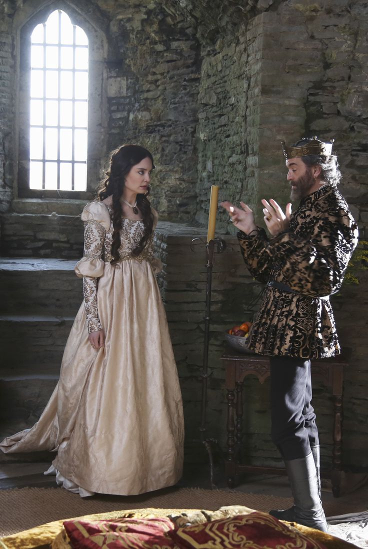 Madalena (Mallory Jansen) and King Richard (Timothy Omundson) of Galavant