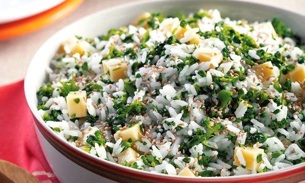 Arroz com queijo e brócolis