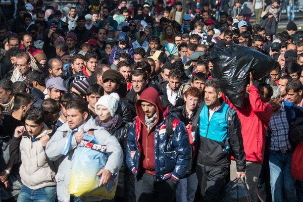 BKA, BND, Bundespolizei und Verfassungsschutz warnen in Geheimpapier vor unkontrollierbaren Unruhen durch Masseneinwanderung - Kopp Online