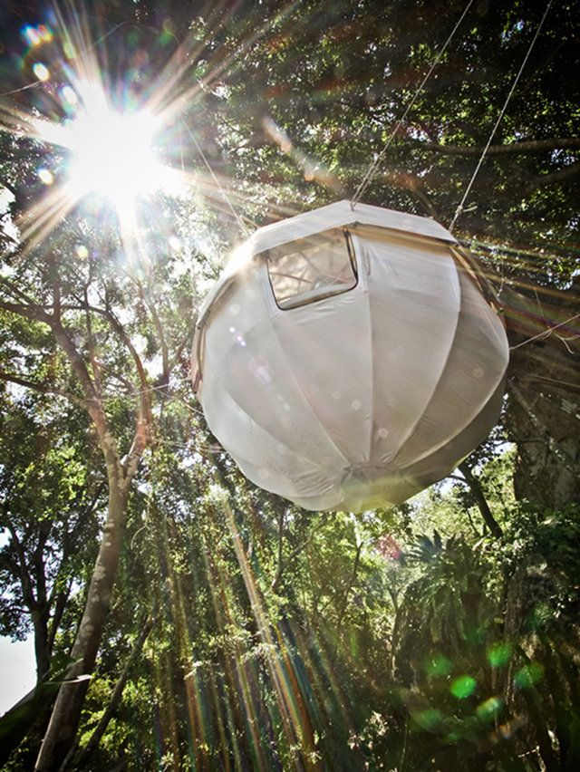 CocoonTree - Spherical strutures in aluminum covered with a resistant tarpaulin designed to hang up on trees.  cocoontree.com/