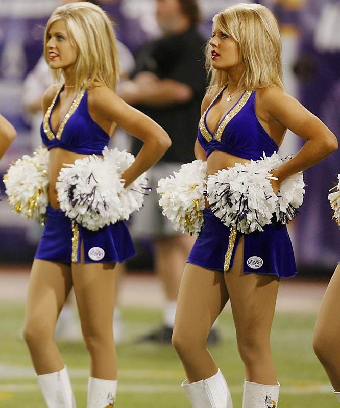 Minnesota Vikings Cheerleaders.