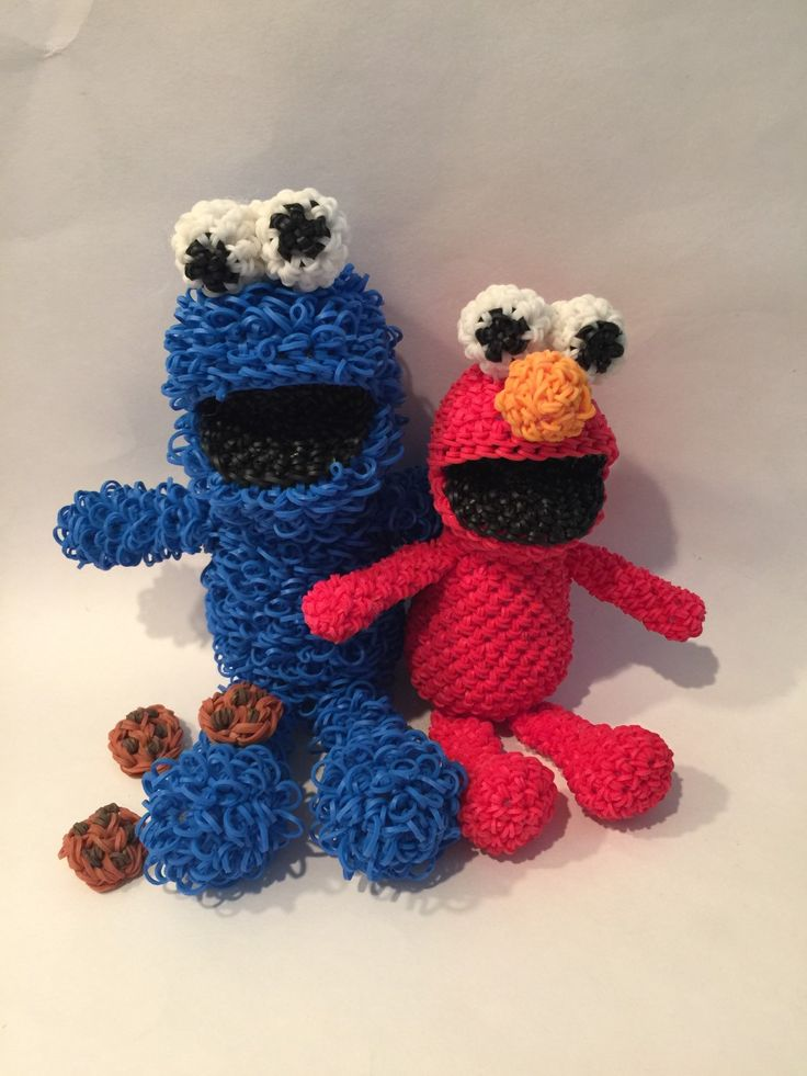 Cookie Monster & Elmo Combo Play Pack Rubber Band Figure, Rainbow Loom Loomigurumi, Rainbow Loom Disney by BBLNCreations on Etsy  Loomigurumi Amigurumi Rainbow Loom