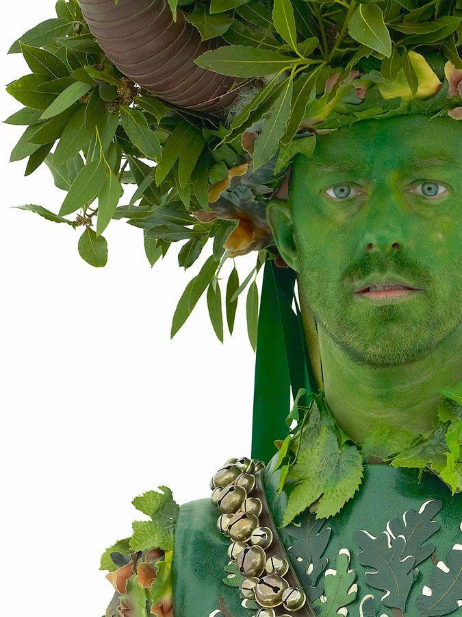 люди в зеленом картинки можно