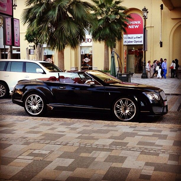 Black Bentley Baby! / 80% OFF on Private Jet Flight! www.flightpooling.com #cars #luxury