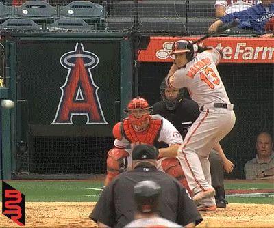 GIF: Pedro Strop Catches Manny Machado's Home Run In His Hat