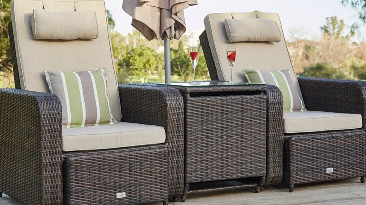 Embrace your outdoor space and save £300 with our brand new Allegro Range ☀ this luxurious and space-saving set, which includes twin reclining chairs, a storage table and parasol, is perfect for relaxing in your garden in comfort and style this summer! Shop online or get a closer look at our London or Manchester Showroom - use our exclusive pinterest discount code PIN6 to get an extra 6% off!