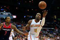 NBA - Play-offs: Atlanta retrouve des couleurs face à Washington                                                                                 Los Angeles - Atlanta s'est relancé dans son duel du 1er tour des pla... http://www.lexpress.fr/actualites/1/sport/nba-play-offs-atlanta-retrouve-des-couleurs-face-a-washington_1901432.html
