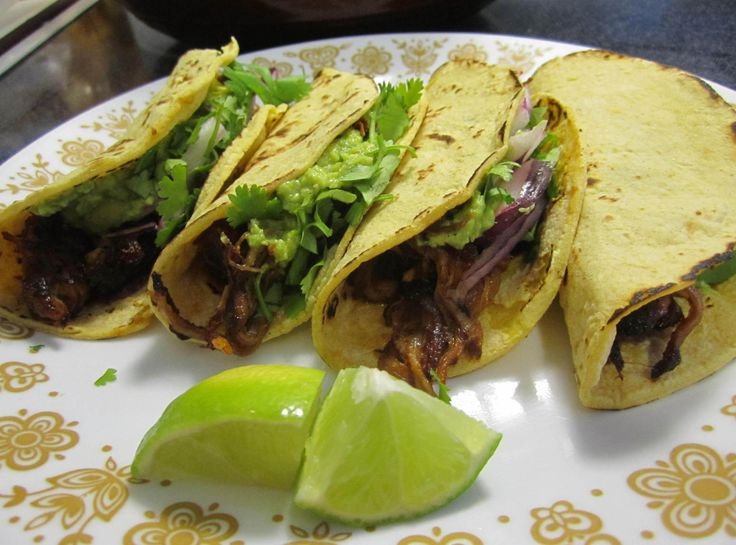 Beer Braised Pork Carnitas Tacos | South of the Border goodness ...