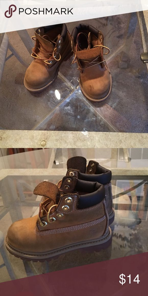 Boys Timberland Boots Fair Condition Timberland Boots. Boots have slight discoloration from jeans (easy fix if properly cleaned) Boots are a size 8 Timberland Shoes Boots