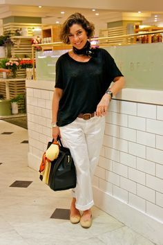 Sempre básica, sempre elegante. Consuelo Blocker!