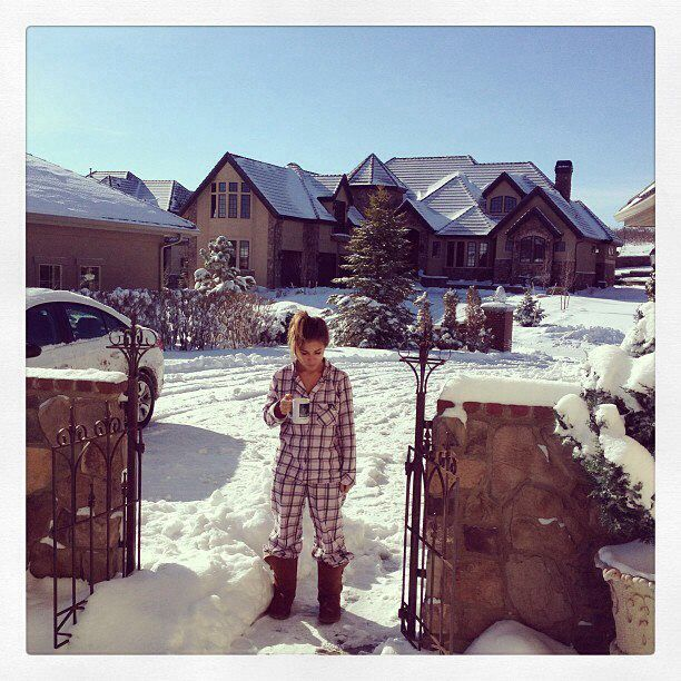 jessica james decker and her pj's and uggs in the snow. snowy morning in Colorado