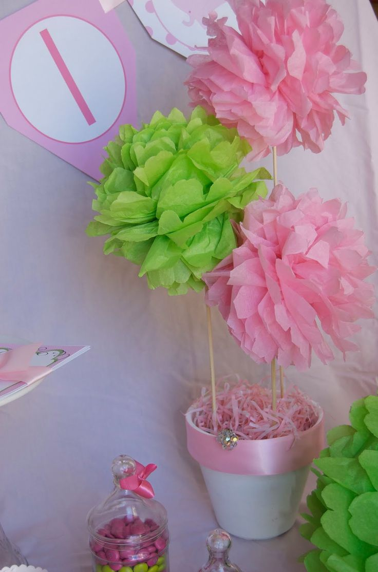 how to make tissue paper centerpieces Tissue paper centerpieces on martini glasses to make long runner candles between glasses.