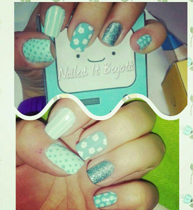 Mint nail design