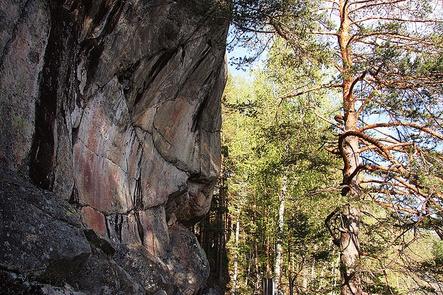 The Hierophant - Pyhä Ukko  Astuvansalmen kalliomaalauksilla asustava Kalliojumalan profiili.  There is a stone god figure in the Astuvansalmi rock paintings area in Finland. The paintings are over 5000 years old.