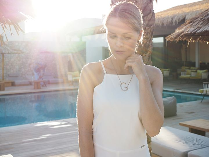 Easy and Simple - Jumpsuit und Statement Kette