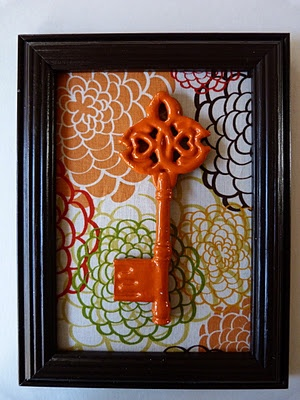 How darling! Can so do this with keys found at a thrift store (or Hobby Lobby), fabric scraps for cheap, and dollar tree frames! This project is as good as done for Friday afternoon!