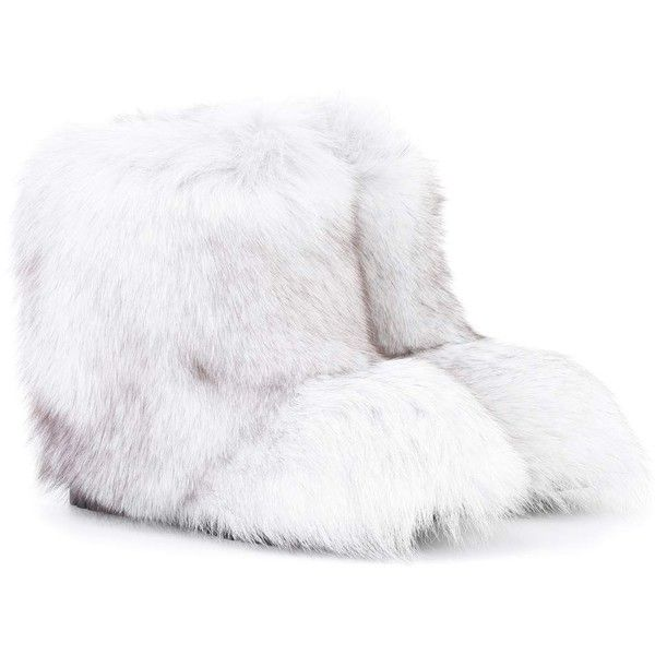 Jimmy Choo Dalton Fur Ankle Boots (108.395 RUB) ❤ liked on Polyvore featuring shoes, boots, ankle booties, white, jimmy choo bootie, ankle bootie boots, white ankle boots, short fur boots and white bootie