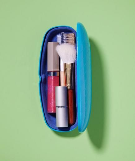 Glasses Case as Makeup Organizer   With the cameras flashing and all eyes on you, there's a lot of pressure to look your very best. Stash extra makeup—think lip gloss and concealer—in an empty glasses case and tuck in your purse for quick touch up's throughout the day.
