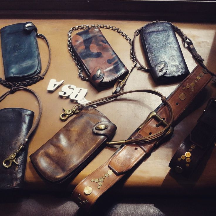 #thedi #tanning #thickness #thedileathers #thedi_leathers #colours #cowhide #caferacer #cafe_racer #chain_wallet #wallet #widths #buy #bags #belts #black #leather #leather_jackets #handmade #online #order @thedileathers www.thedileathers.com Thedileathers@gmail.com